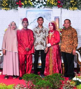 Resepsi Pernikahan (9)